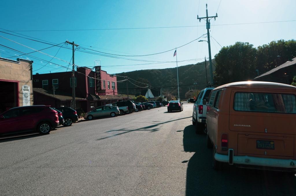 Pescaderon kylä Kaliforniassa