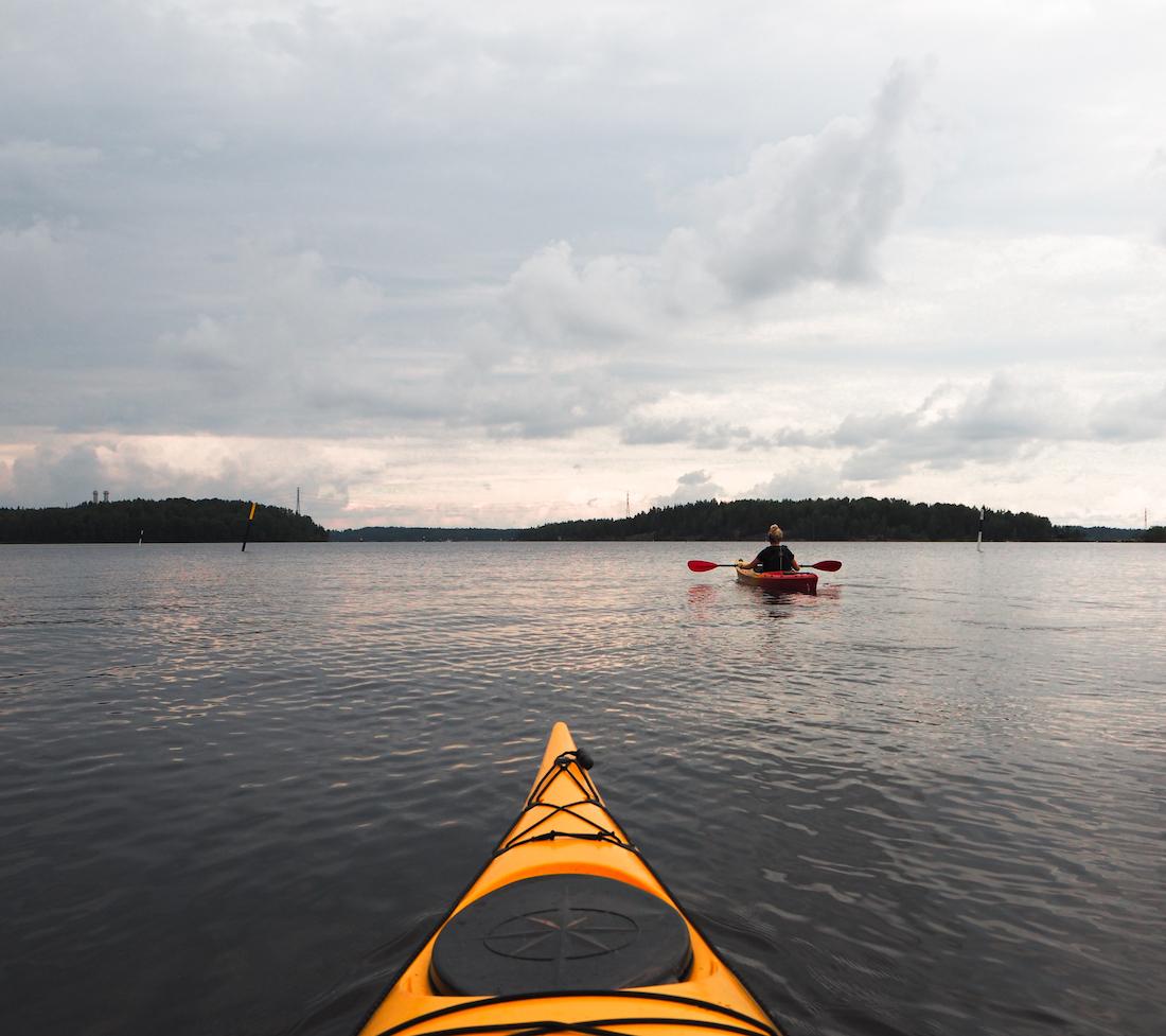 Kayaking to geosites in Saimaa