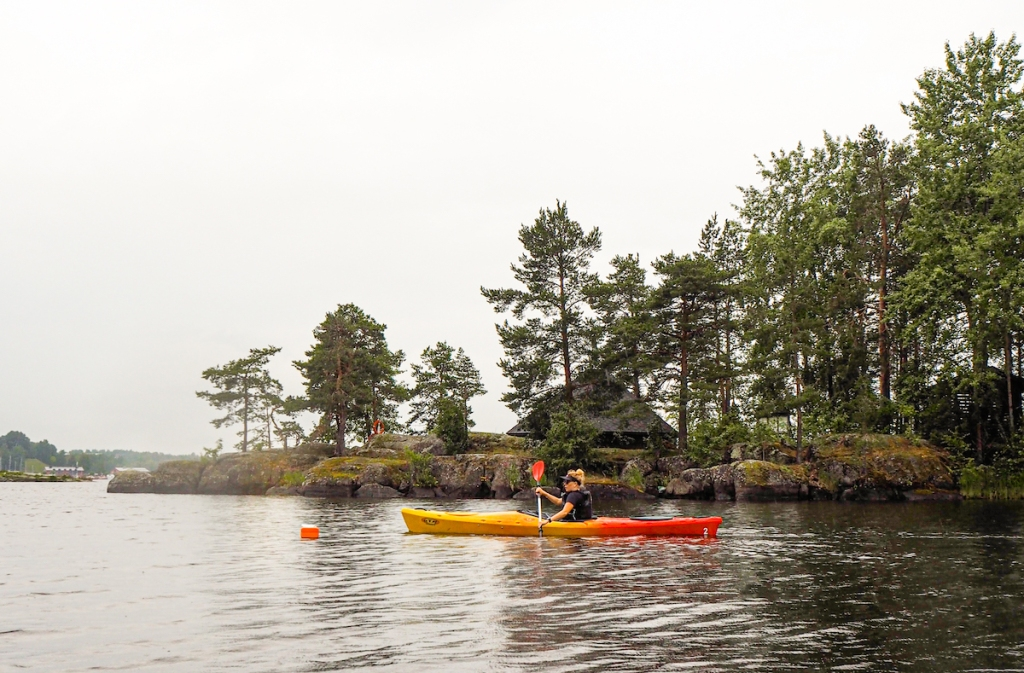 Kayaking to Karhusaari in Lappeenranta